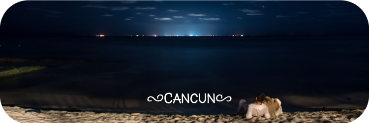 Couple on the beach in Cancun