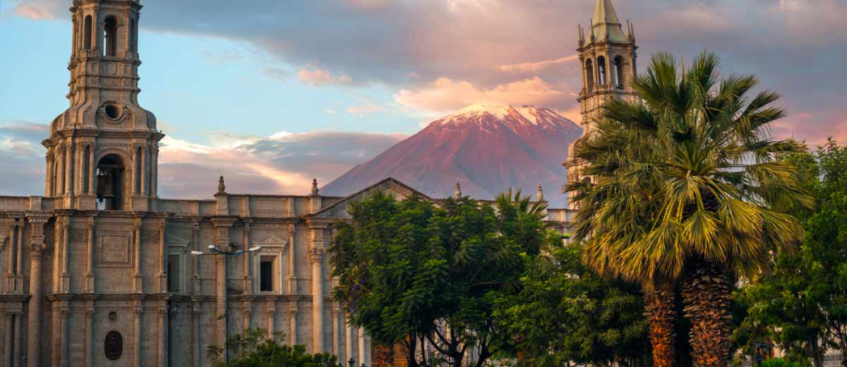 Volcano El Misti overlooking the city of Arequipa