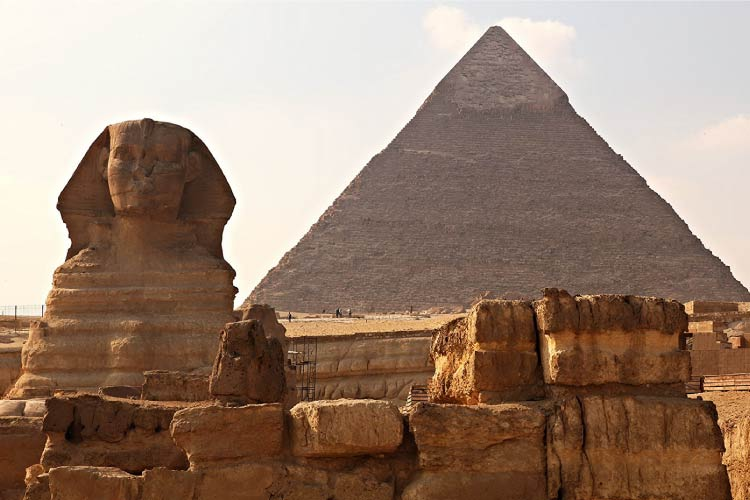 Great Pyramid of Giza with the Great Sphinx