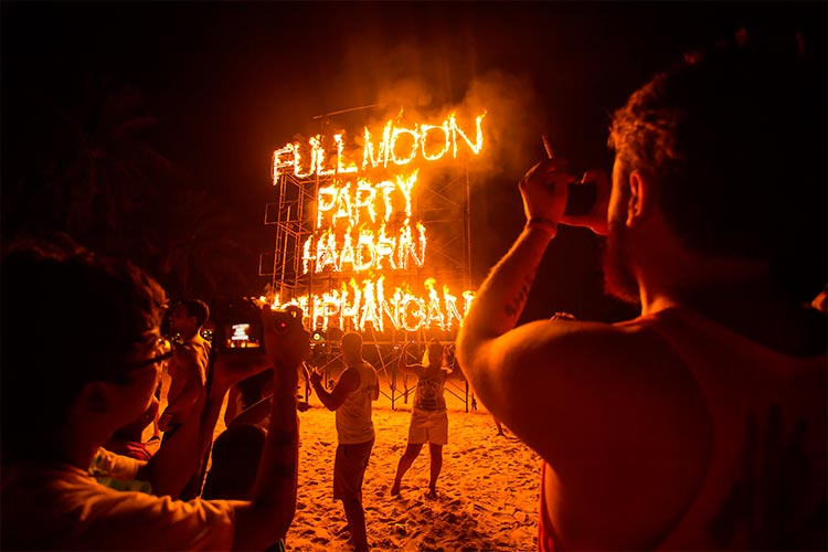 Phangan beach Full moon party, Koh Phangan , Thailand