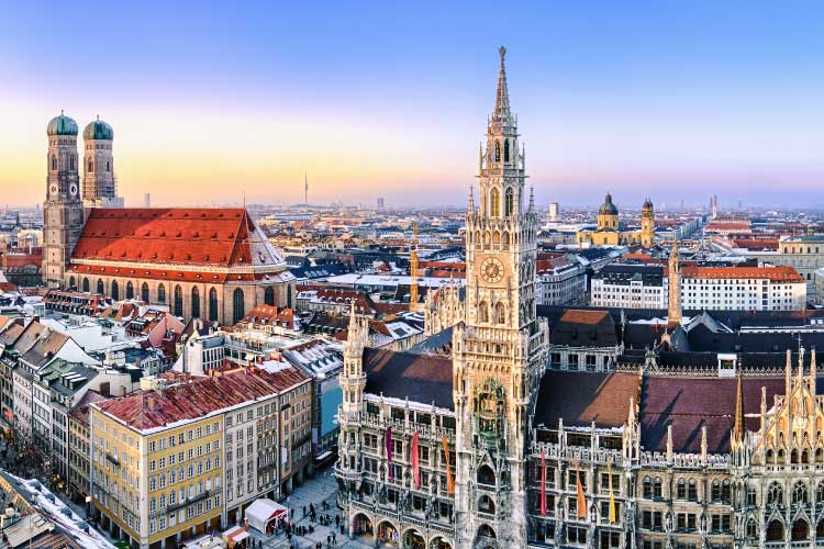 Panorama view of Munich, City Hall and the Frauenkirche