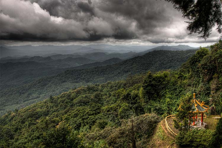 On the way from Chang Mai to the nearby Doi Suthep