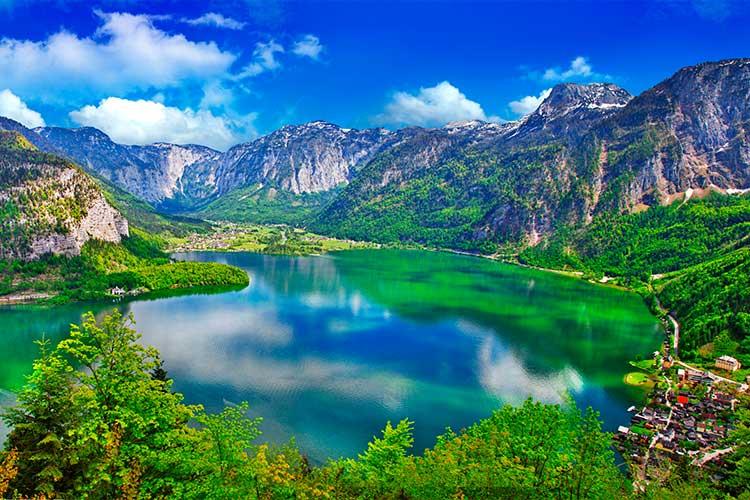 Alpine lakes, Hallstatt, Austria