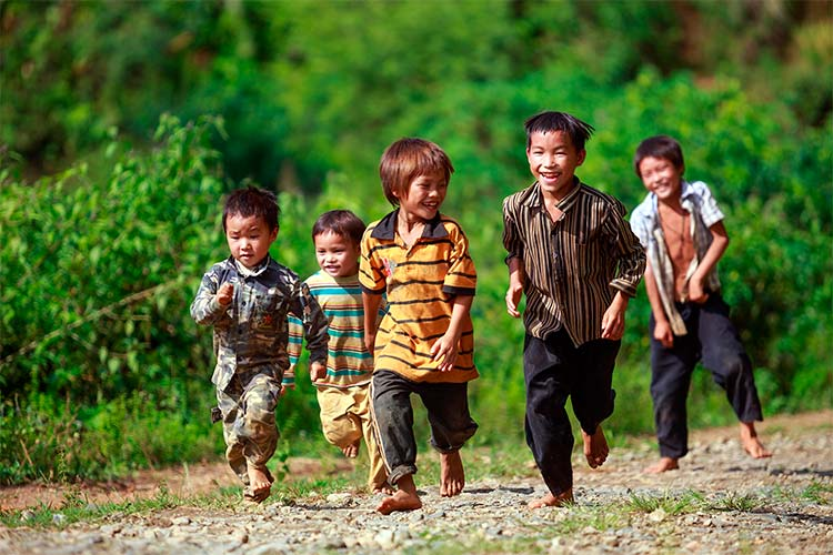 Local Kids in Sapa, Vietnam